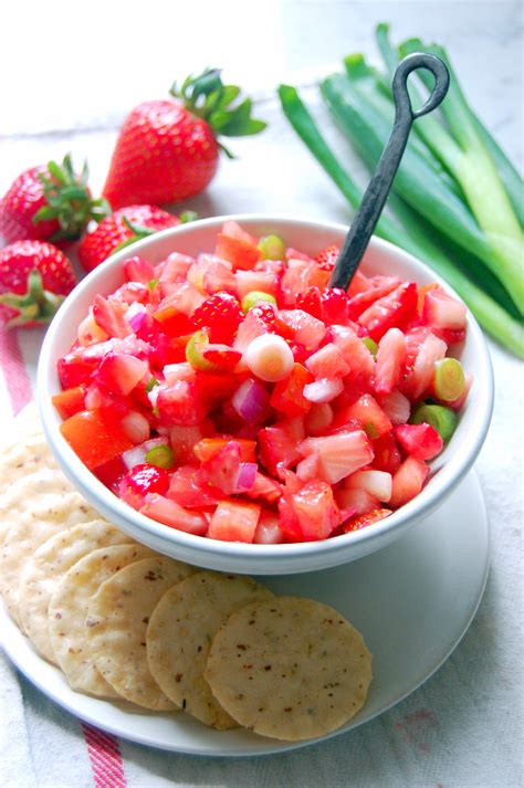 quick delicious appetizers white balsamic strawberry salsa