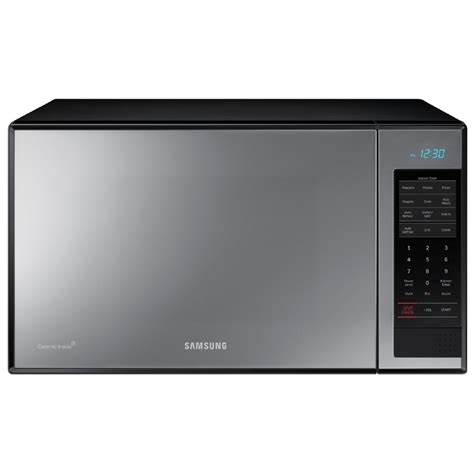 shop samsung 1 4 cu ft 950 watt countertop microwave gloss at lowes