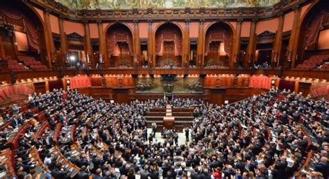 parlamento in seduta comune calabria seggi in parlamento chi entra e chi esce