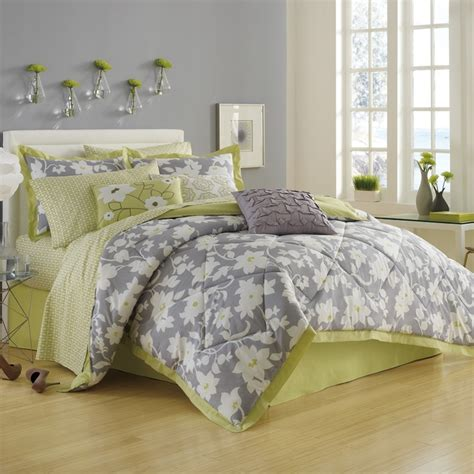 Green And Gray Bedding by 17 Best Ideas About Lime Green Bedding On Lime