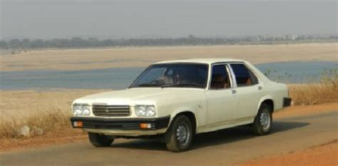 Indisches Auto by Indian Car Oldies From The 80 S And 90 S Indyacars