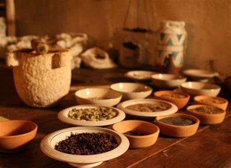 banchetti medievali la bottega dello speziale le cure e i banchetti medievali