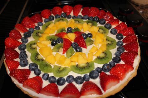 holiday fruit pizza fruit pizza