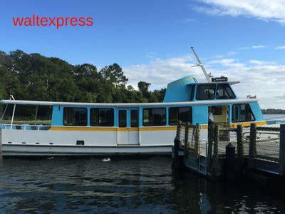 wilderness lodge boat disney s wilderness lodge a disney world resort
