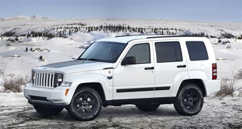 jeep liberty arctic interior next jeep liberty to get shrunken pentastar v6 autoblog