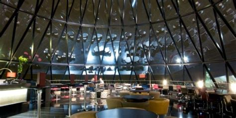 bar at the top of the gherkin searcy s gherkin london night guide