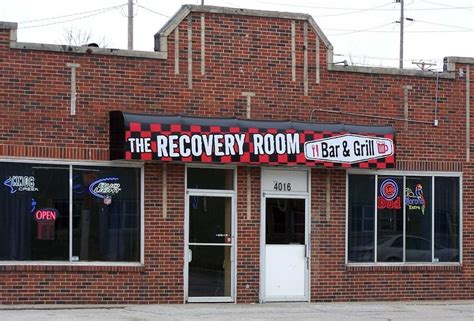 recovery room restaurant the recovery room bar grill closed bars 4016 leavenworth st midtown omaha ne united