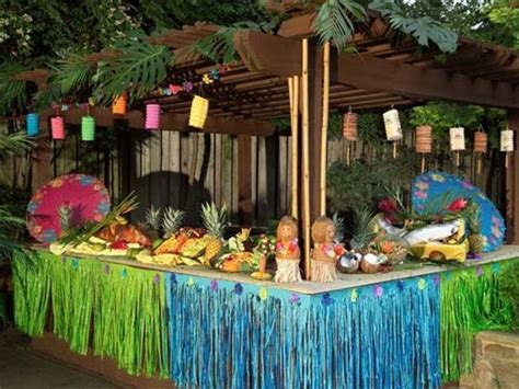 hawaiian backyard party ideas hawaiian luau party decorations palm trees pinterest