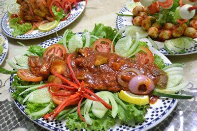Makanan Ikan Hias Lemon cendana kasih praktis buat lauk pengantin