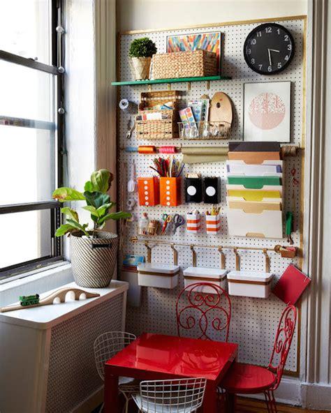rincones para decorar la casa habitaciones infantiles rincones de manualidades pequeocio