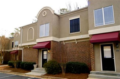 embry hills upholstery shop 3 br northlake condo under 115 000 henderson park unit