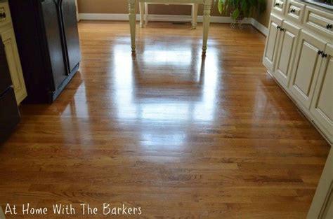 Which Cleaner Works Best On Laminate Flooring - best 25 laminate floor cleaning ideas on diy