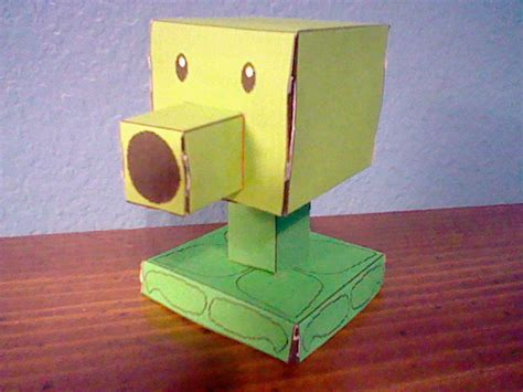 Plants Vs Zombies Paper Crafts - user zombieman1350 pvz papercraft characters plants