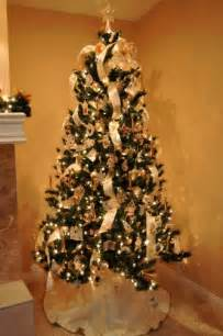 how to decorate with ribbon a tree how do you decorate a white tree