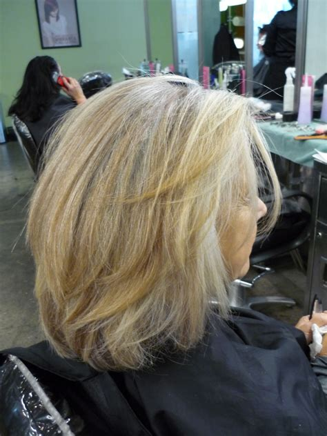 how to blend in gray in blonde hair with low lights pictures of gray hair with lowlights short hairstyle 2013