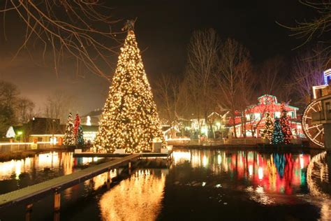 christmas lights in tennessee behind the thrills the 12 must see christmas events of 2012