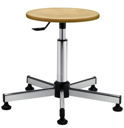sgabelli da laboratorio sedie e sgabelli da laboratorio come regolare l altezza
