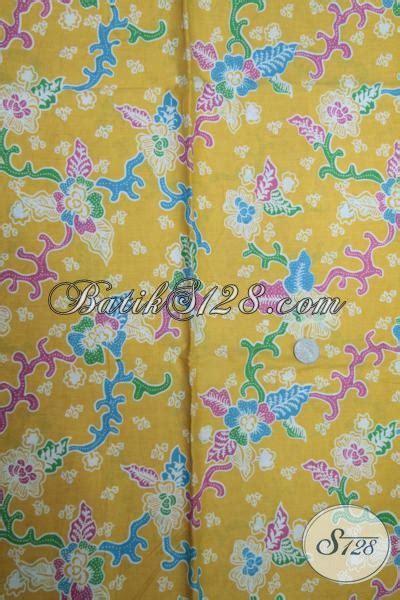 Batik Katun Halus 3 kain batik bagus halus dengan dasar kuning dan motif