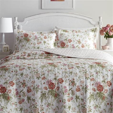 laura ashley quilts and coverlets 78 best images about laura ashley bedding on pinterest