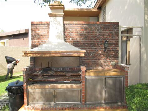 asadores de ladrillo  chimenea buscar  google accesorize jardin de ladrillo