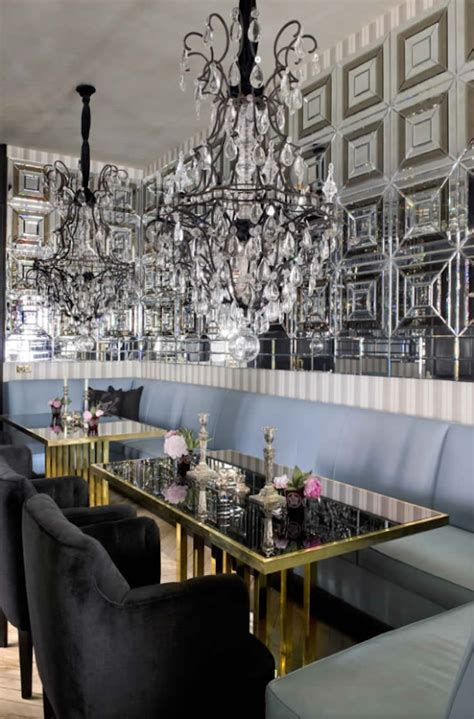 Just Two Fabulous Dining Rooms by La Dolce Vita Fabulous Room Friday 09 28 12