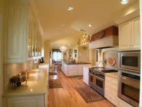white kitchen cabinets cool
