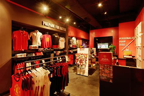 Home Design Store Manchester by Manchester United Store Mumbai 187 Retail Design Blog