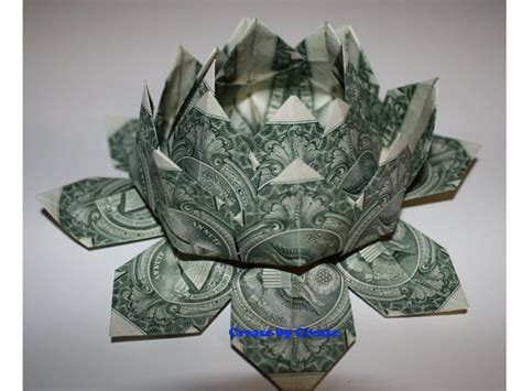 origami dollar bill lotus flower