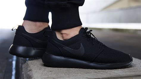 Adidas Yzy Maroon Black nike roshe run quot blackout quot available