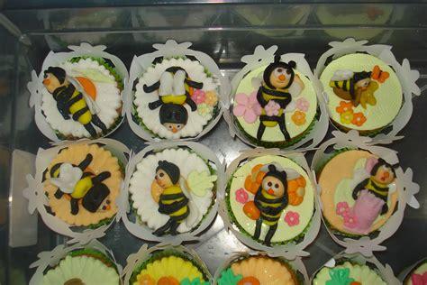 doces personalizados  artisticos festa abelhinha