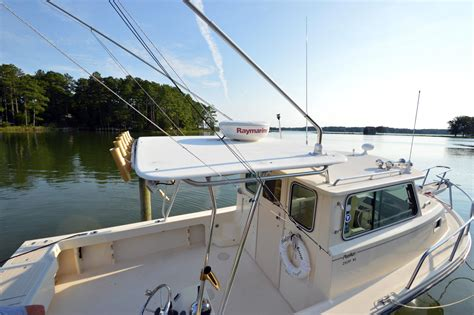 saltwater fishing boat with cabin 2003 used parker 2520 xl sport cabin saltwater fishing
