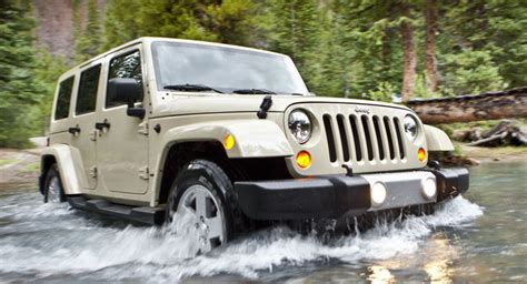 marchionne 2012 jeep wrangler to get pentastar v6 dodge