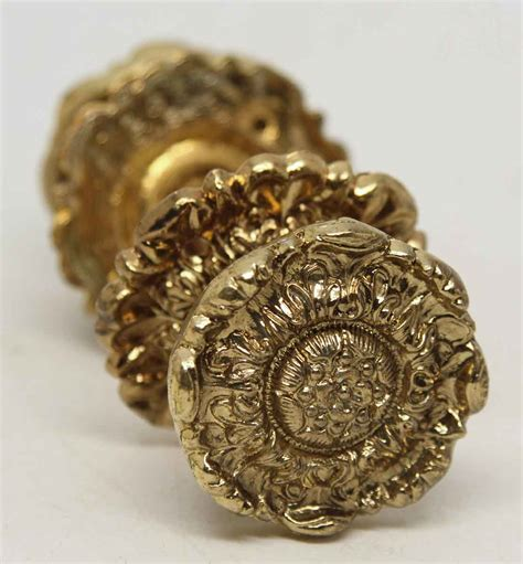 Floral Knobs by Floral Brass Decorative Knob Set Olde Things