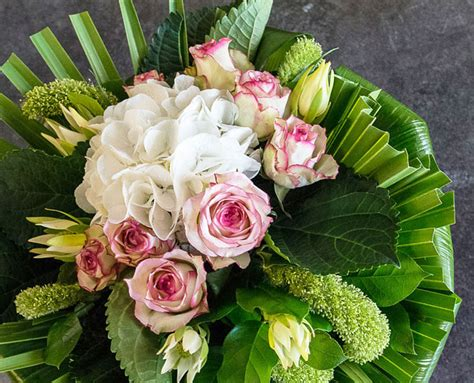 composizioni con fiori bouquet e composizioni fiorito