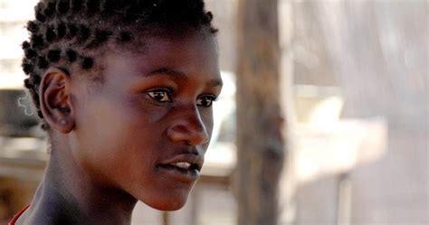 imagenes de negras chistosas imagenes sin copyright rostro de una mujer africana joven