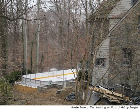 backyard roller hockey rink backyard hockey rink at richard nixon s former home gets