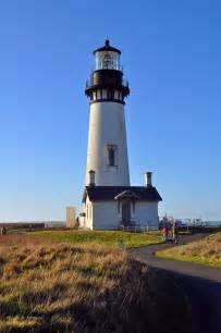 Light Houses - hiking yaquina lovelifeinc