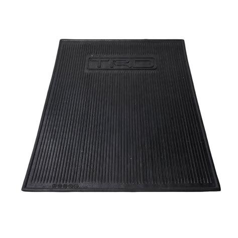 Harga Karpet Karet Mobil Universal jual sjr car mat karpet mobil universal 41 x 56 cm