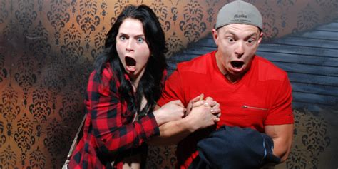 haunted house reactions 32 hilarious haunted house reactions caught on camera huffpost