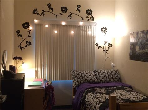 decorating my room decorating ideas for a dorm room my daughter s room in college youtube