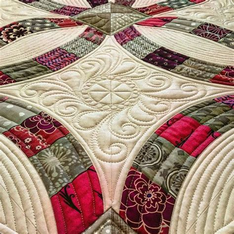 Quilting Designs For Wedding Ring by 25 Best Ideas About Wedding Rings On