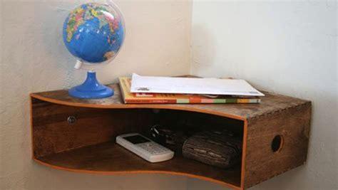 Rak Buku Dinding Sudut percantik rumah dengan rak penyimpan majalah properti