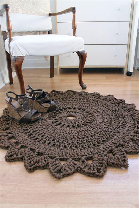 Rug Made With Macrame Nylon Yarn Round Bedroom Rug How To Crochet A Rug