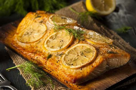 Poached Salmon Recipes by How To Prepare Salmon In A Slow Cooker Foodal
