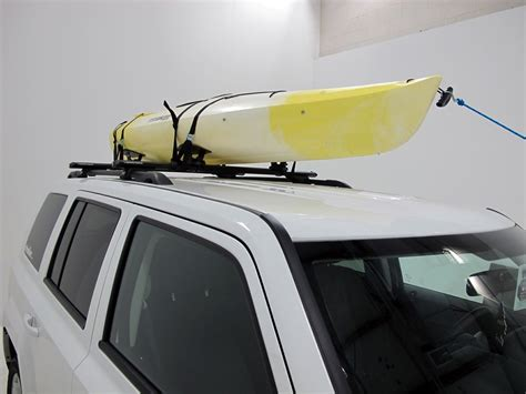 Kayak Carrier No Roof Rack by Nissan Rogue Sportrack Kayak Carrier With Tie Downs