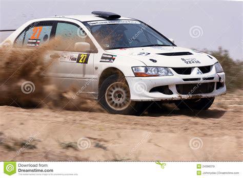 mitsubishi kuwait 2012 kuwait rally mitsubishi lancer evo viii editorial