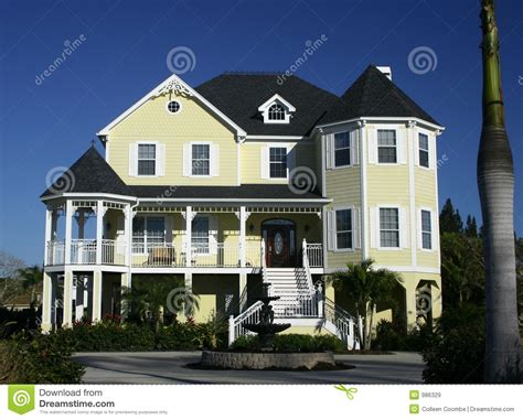 home image large country home near beach royalty free stock images