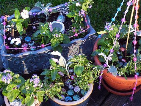 Garden How To Make Gardens How To Make Your Garden Into A