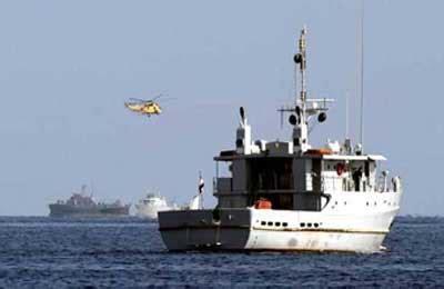 fishing boat killing kuwaiti ship egyptian fishing boat collide killing 13