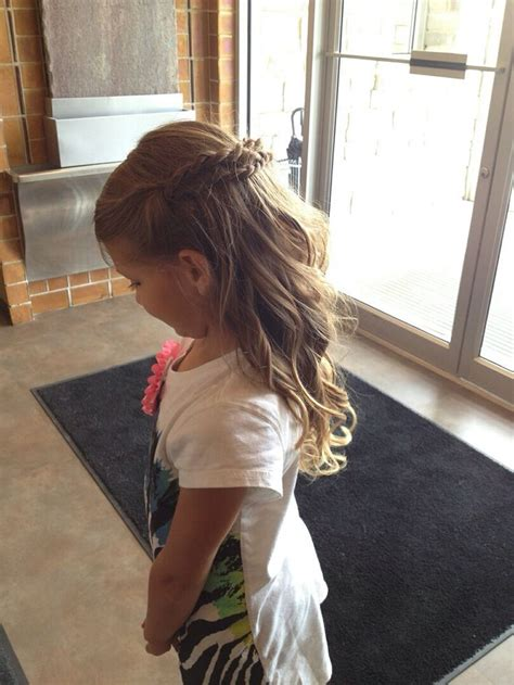 flower girl hairstyles half up half down flower girl hair hairstyles half up half down